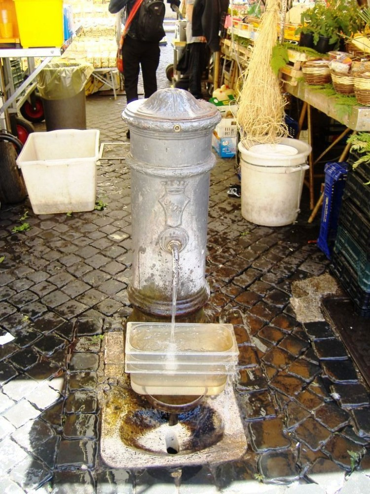 My reasons for travelling to Italy - Series - Drinking water/fountains (1/6)