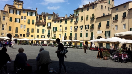 Art day in the piazza