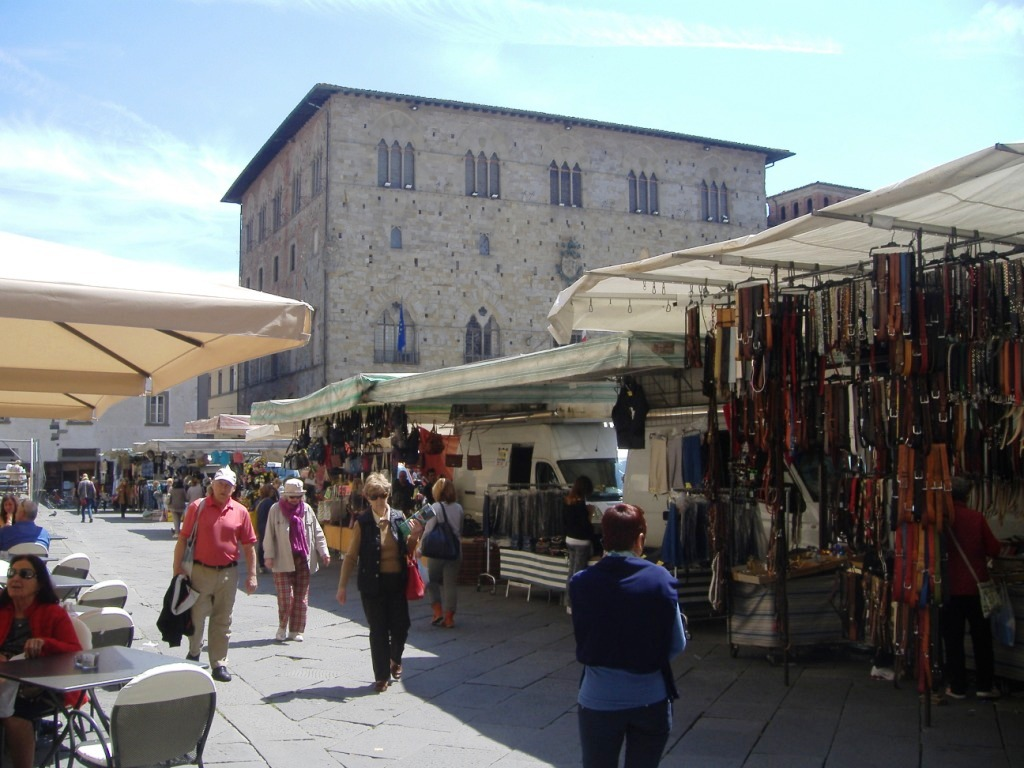 Morning Market Delight In Pistoia Travelling With Lyn