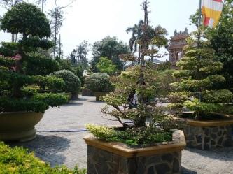 Vĩnh Tràng Pagoda and Buddhist temple